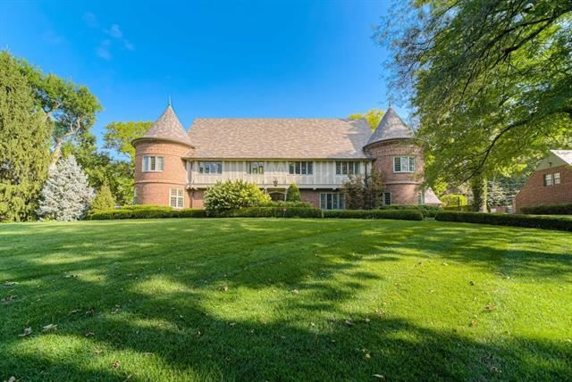 Kansas City                                                                      , MO - $2,999,000