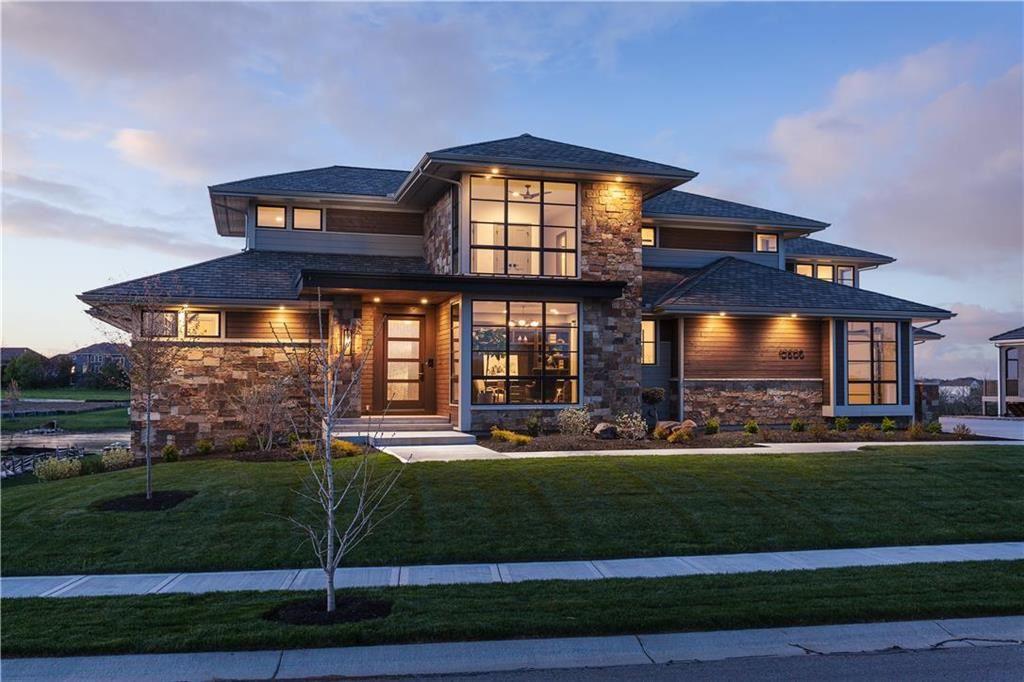 Overland Park                                                                      , KS - $1,550,000