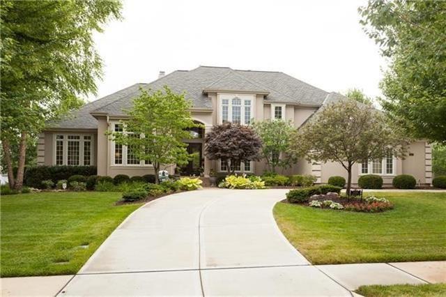Overland Park                                                                      , KS - $950,000
