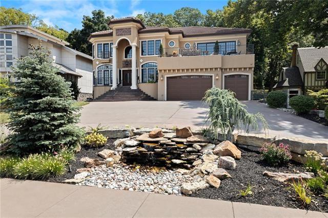 4943 Ward Parkway                                                                               Kansas City                                                                      , MO - $1,950,000
