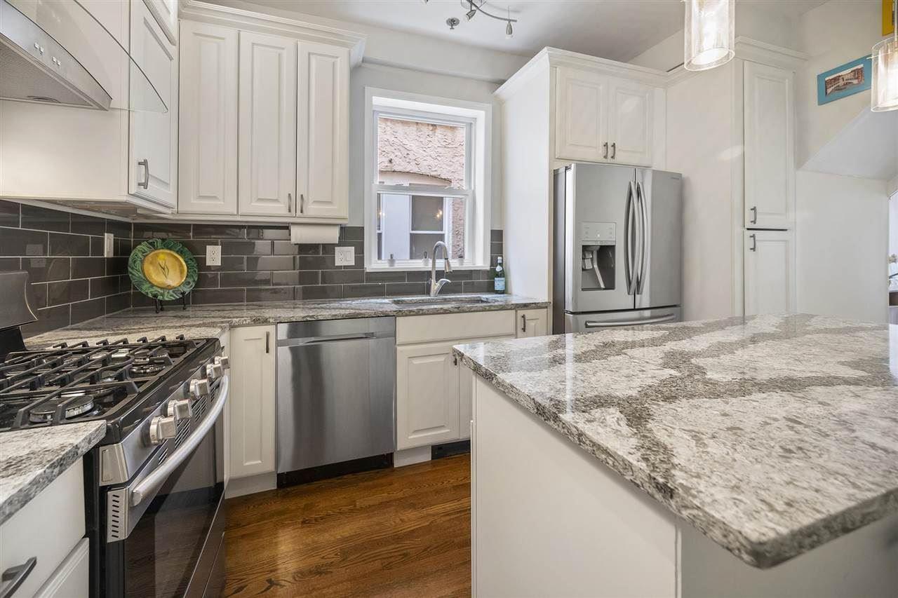 Hoboken                                                                      , NJ - $749,500