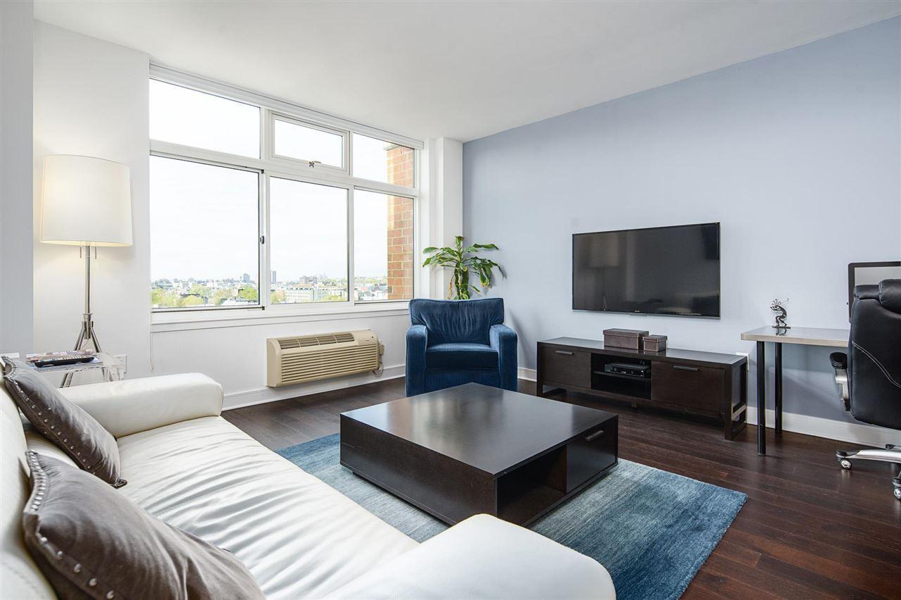 Hoboken                                                                      , NJ - $749,900