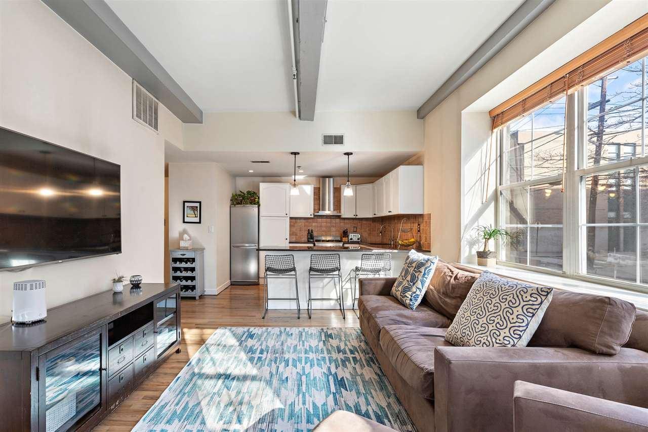 Hoboken                                                                      , NJ - $734,995
