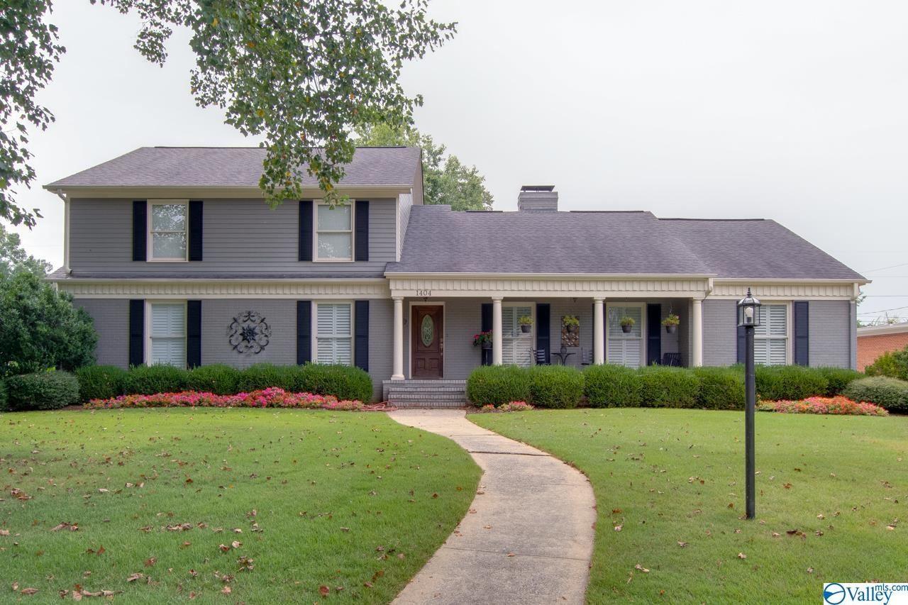 Huntsville                                                                      , AL - $939,900