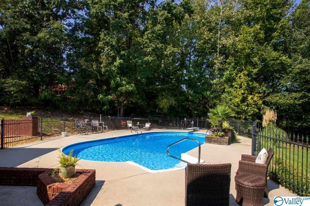 Property Image Of 3405 Cedarhurst Drive Sw In Decatur, Al