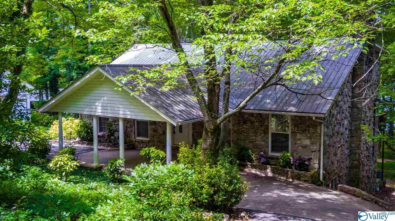 Property Image Of 906 Holiday Shores Road In Scottsboro, Al