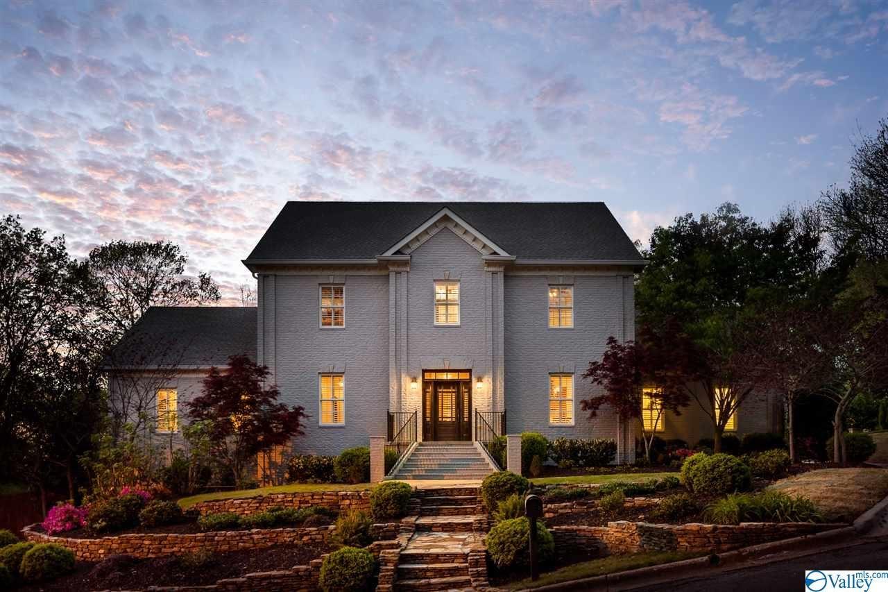 Huntsville                                                                      , AL - $998,000