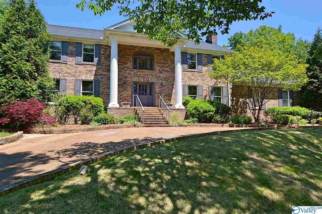Huntsville                                                                      , AL - $875,000