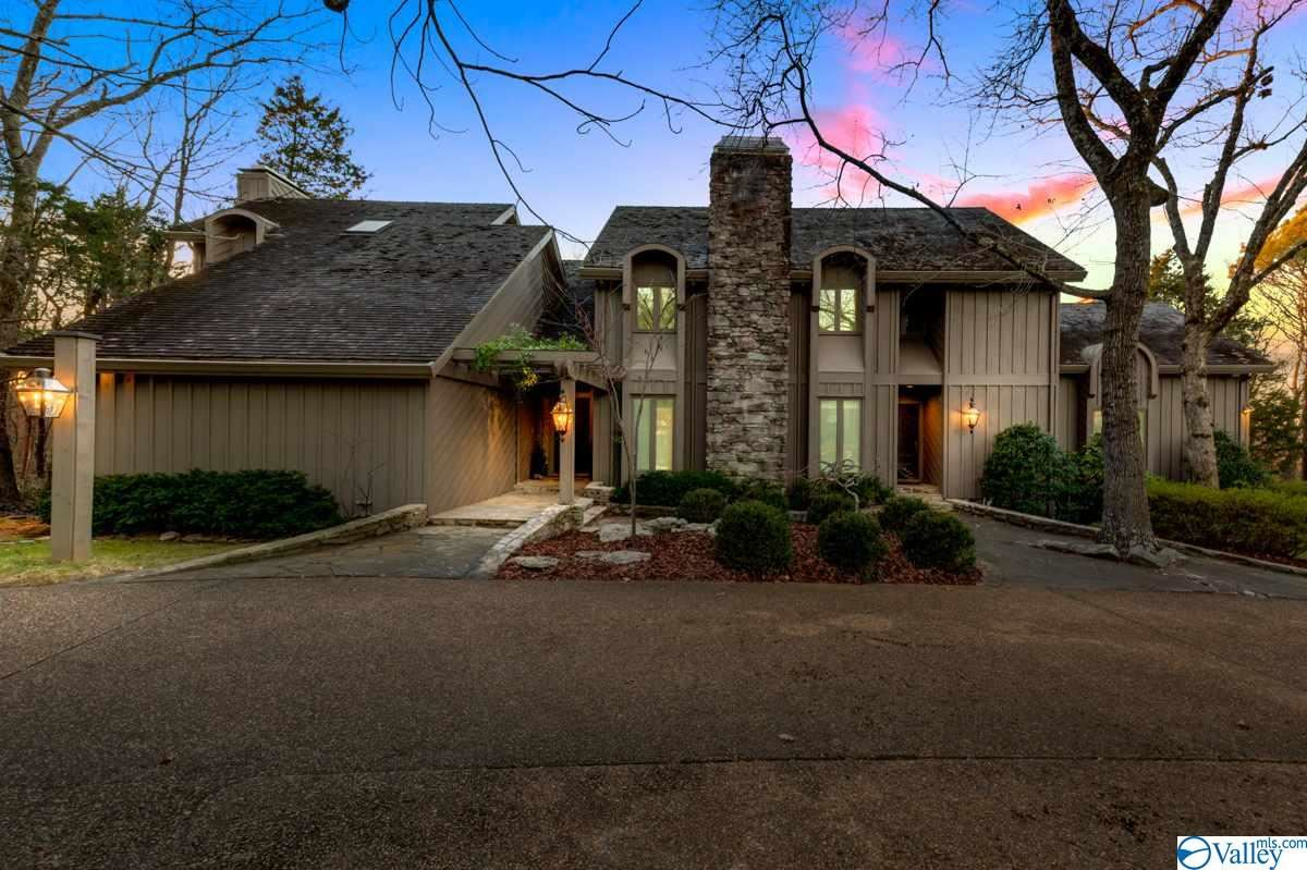 Huntsville                                                                      , AL - $1,300,000