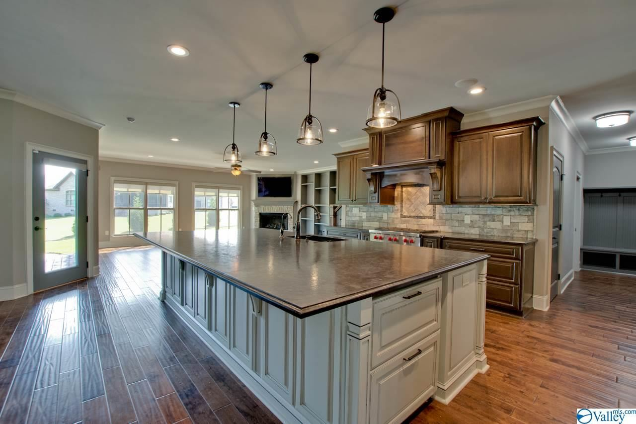 Property Image Of 17 Legacy Oaks Place In Gurley, Al