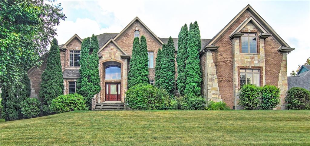 Chesterton                                                                      , IN - $775,000