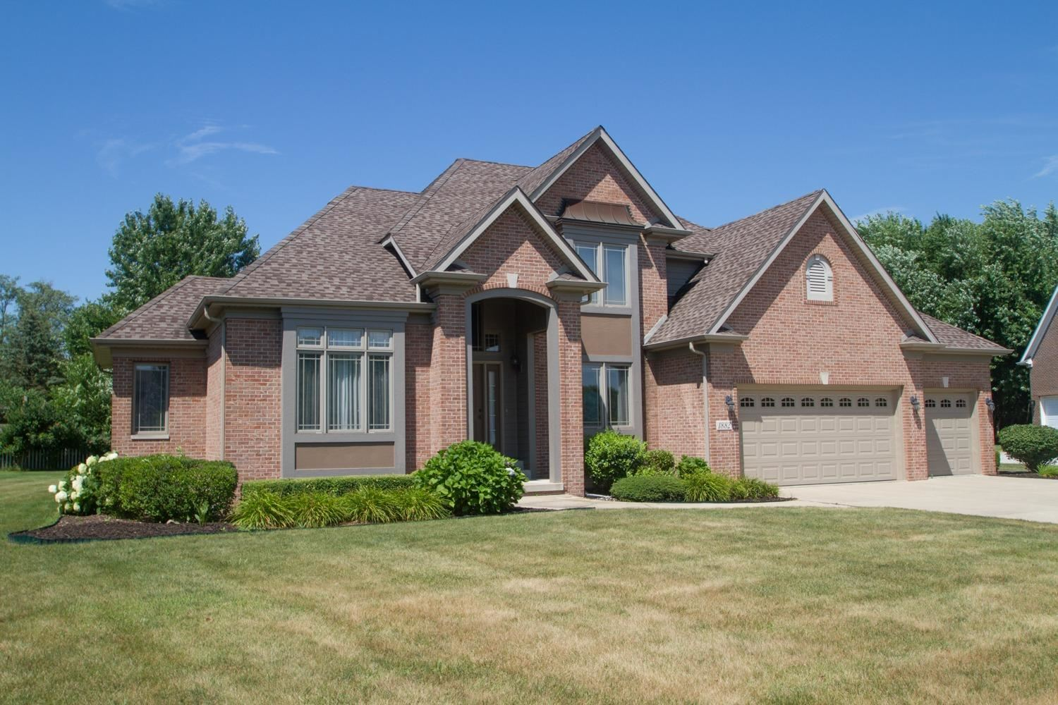 Chesterton                                                                      , IN - $474,500