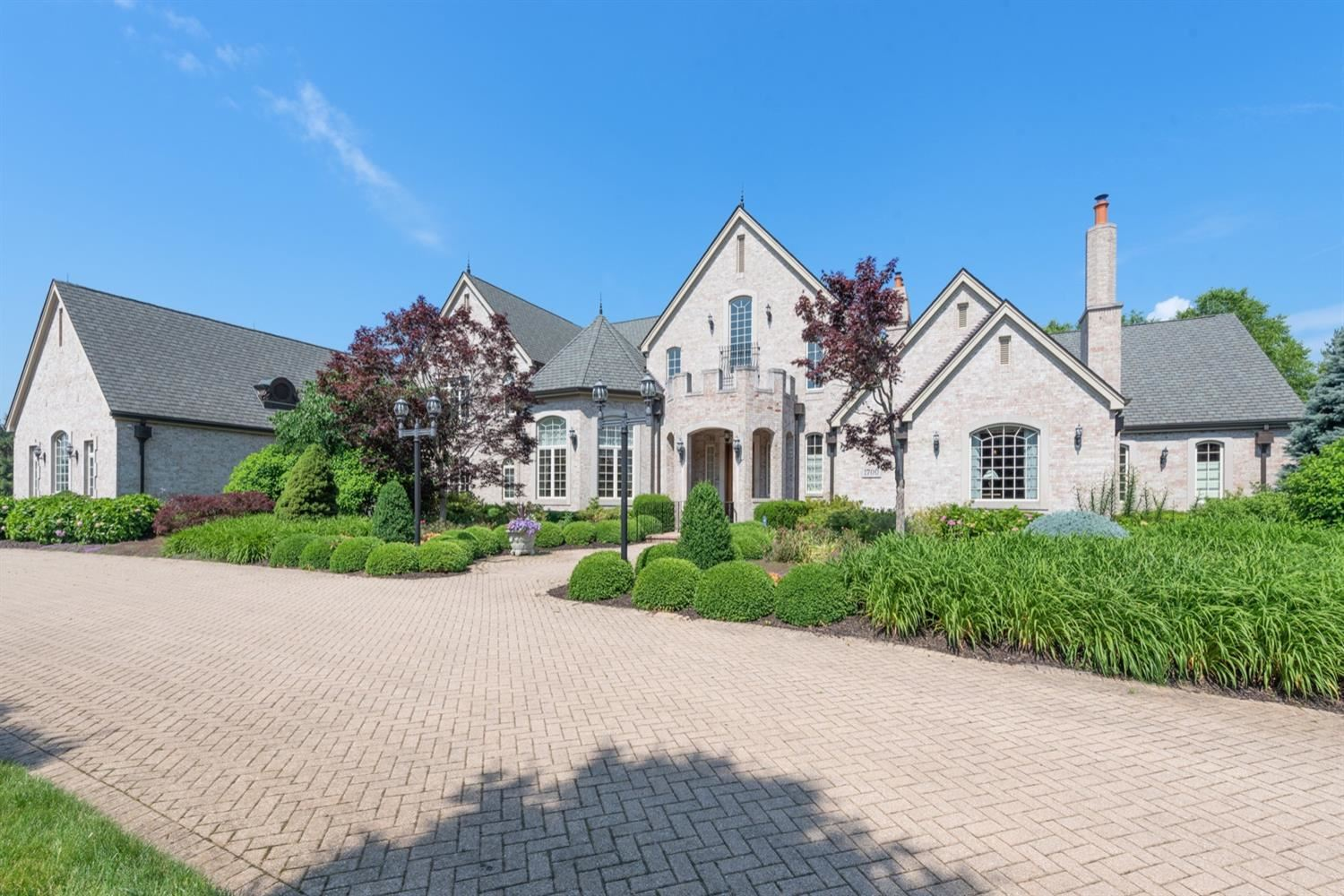 Chesterton                                                                      , IN - $2,975,000