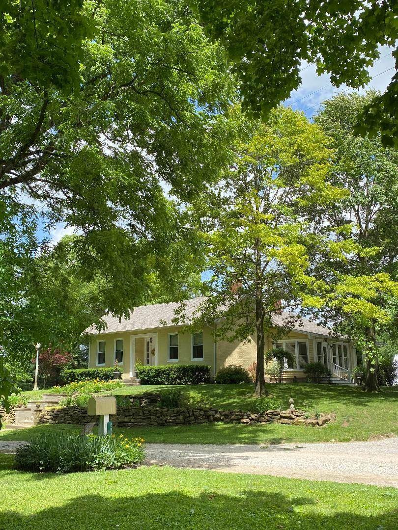 Worthington                                                                      , IN - $209,000