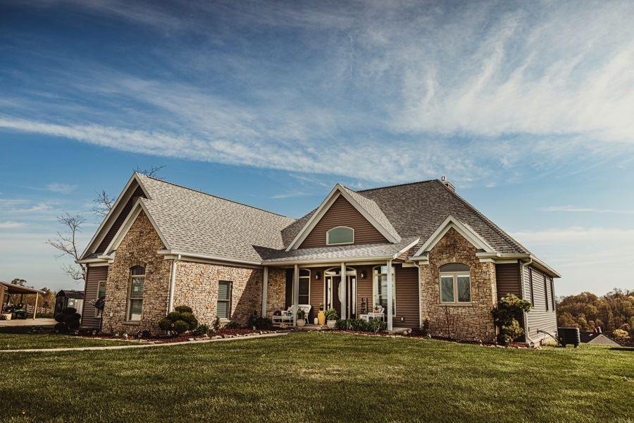 Bloomfield                                                                      , IN - $975,000
