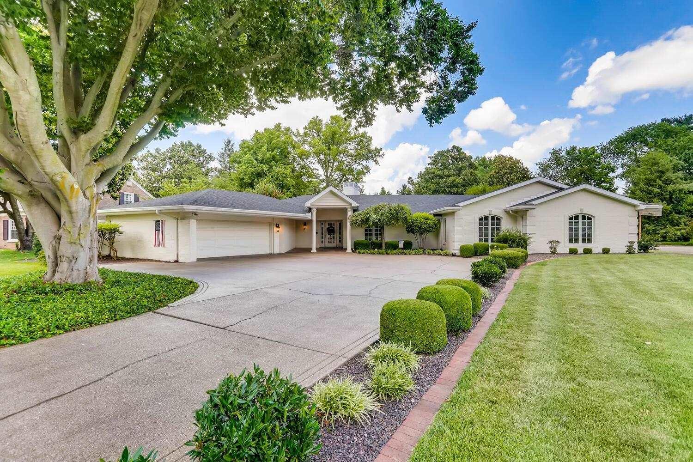 Evansville                                                                      , IN - $550,000