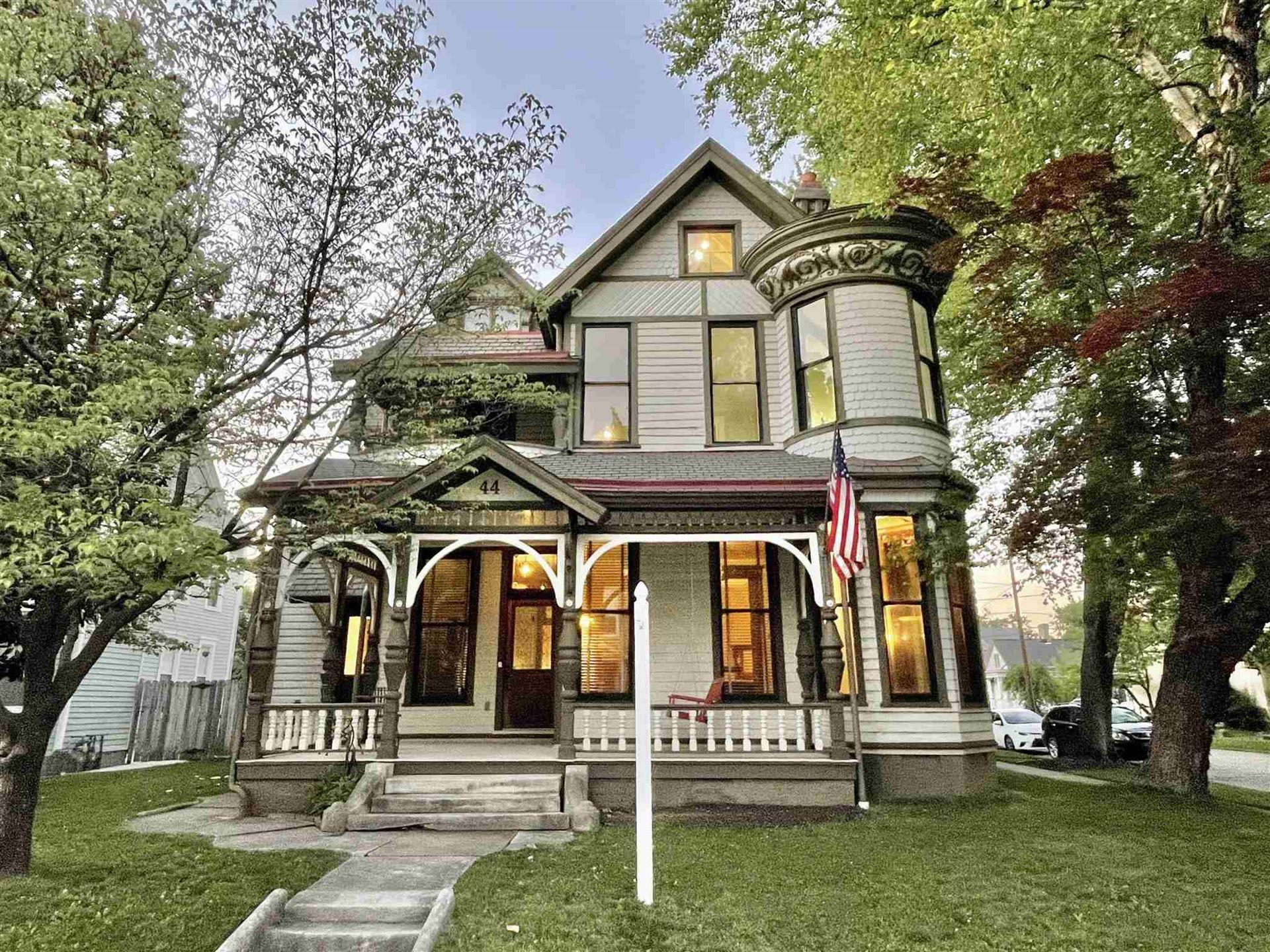 Evansville                                                                      , IN - $379,900