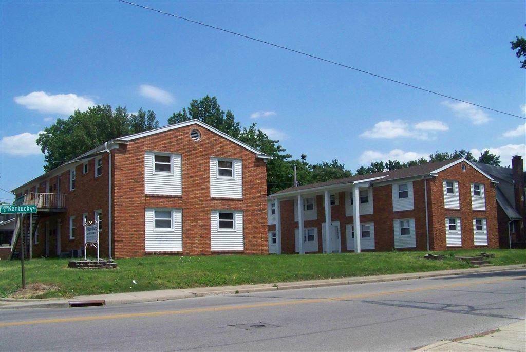 Evansville                                                                      , IN - $575,000