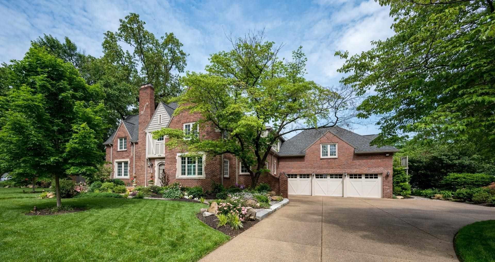 Evansville                                                                      , IN - $579,900
