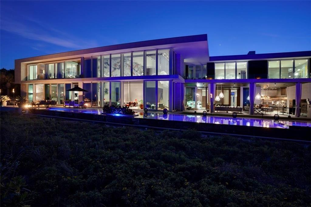 Vero Beach                                                                      , FL - $21,950,000