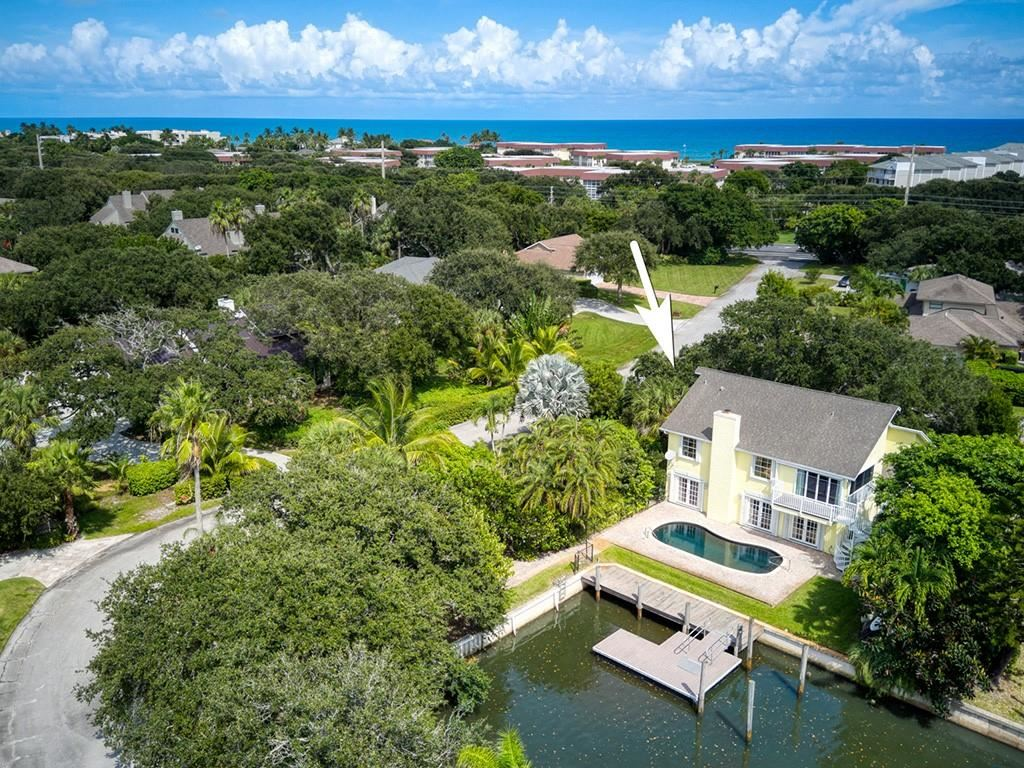 852 Seminole Lane                                                                               Vero Beach                                                                      , FL - $1,300,000