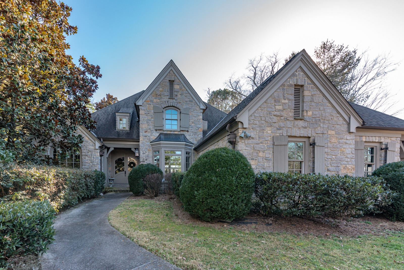 Knoxville                                                                      , TN - $1,345,000