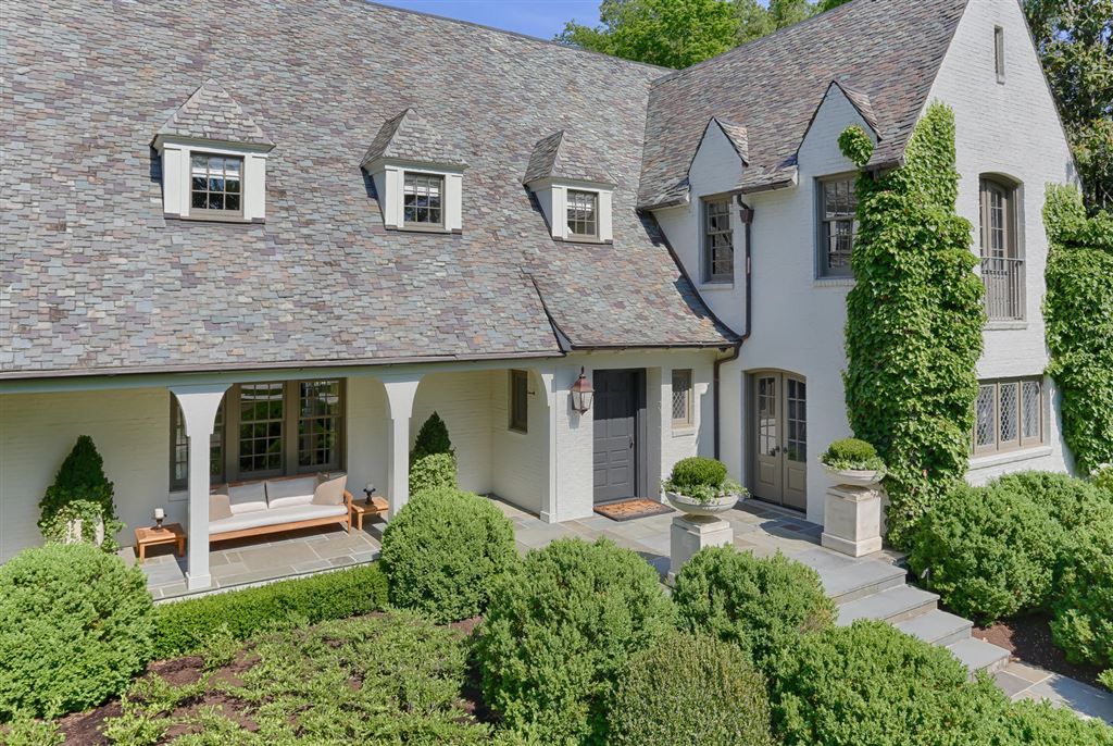 Knoxville                                                                      , TN - $4,250,000