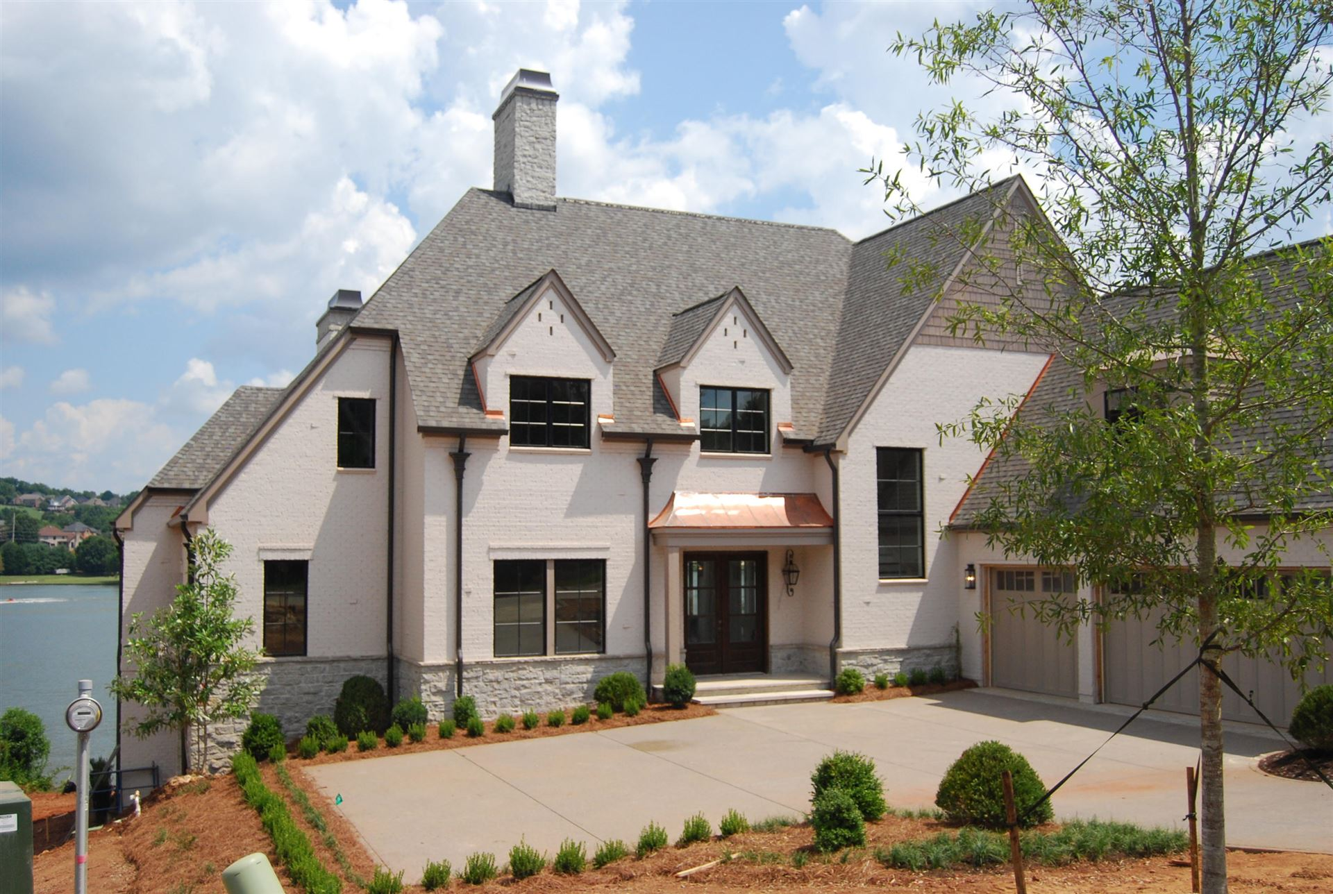 Knoxville                                                                      , TN - $2,397,500