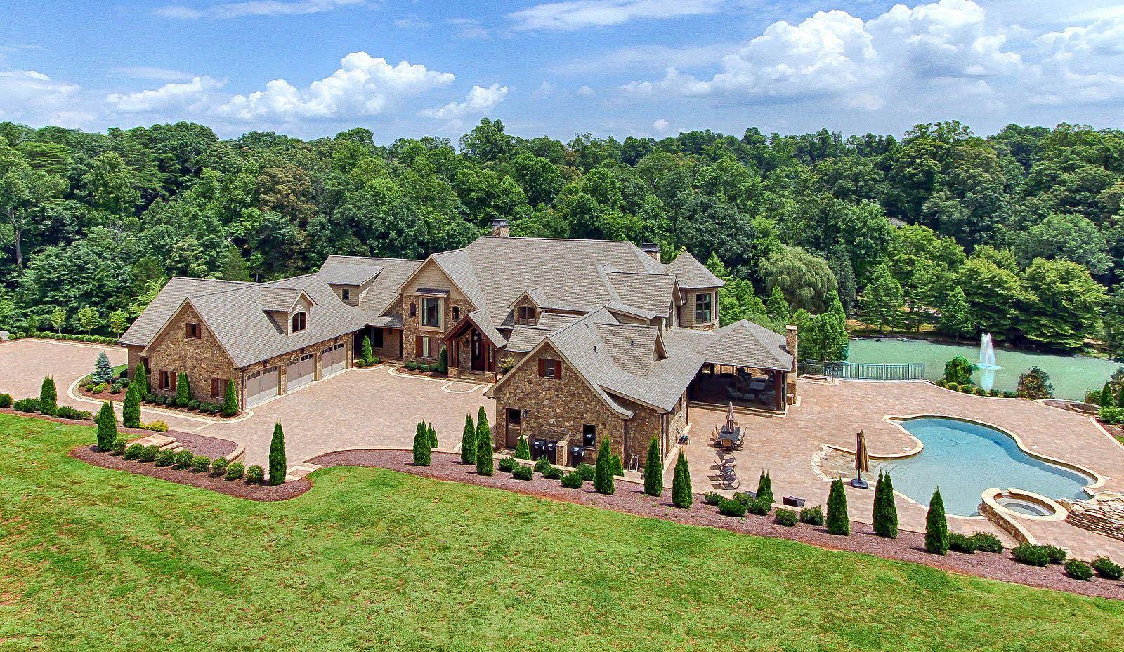 Knoxville                                                                      , TN - $3,475,000