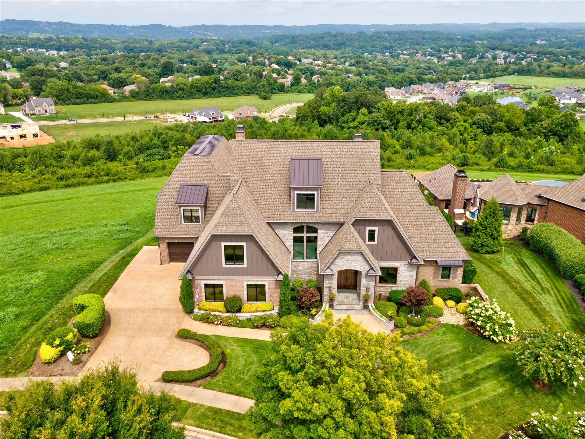 Knoxville                                                                      , TN - $2,350,000