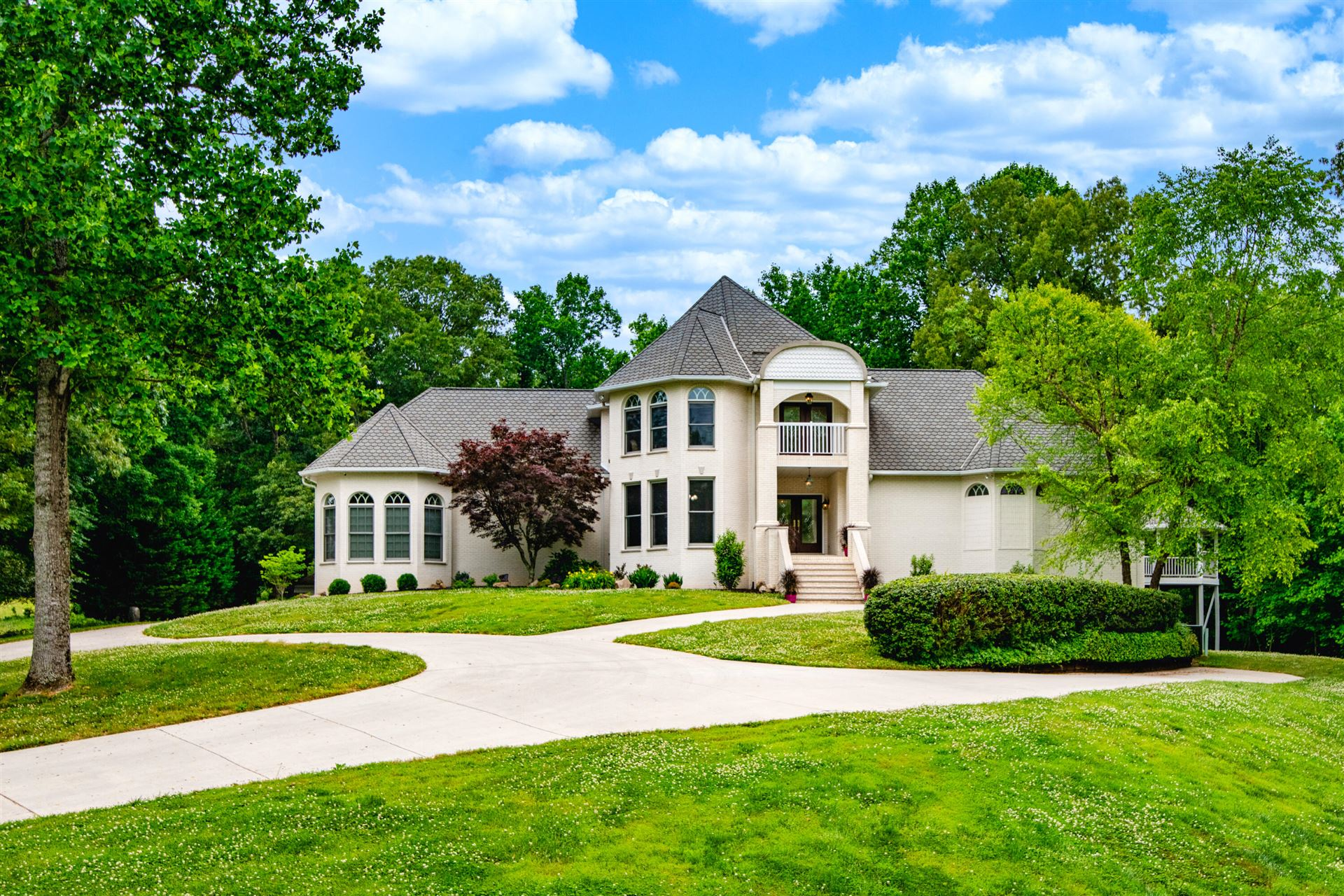 Knoxville                                                                      , TN - $1,999,000