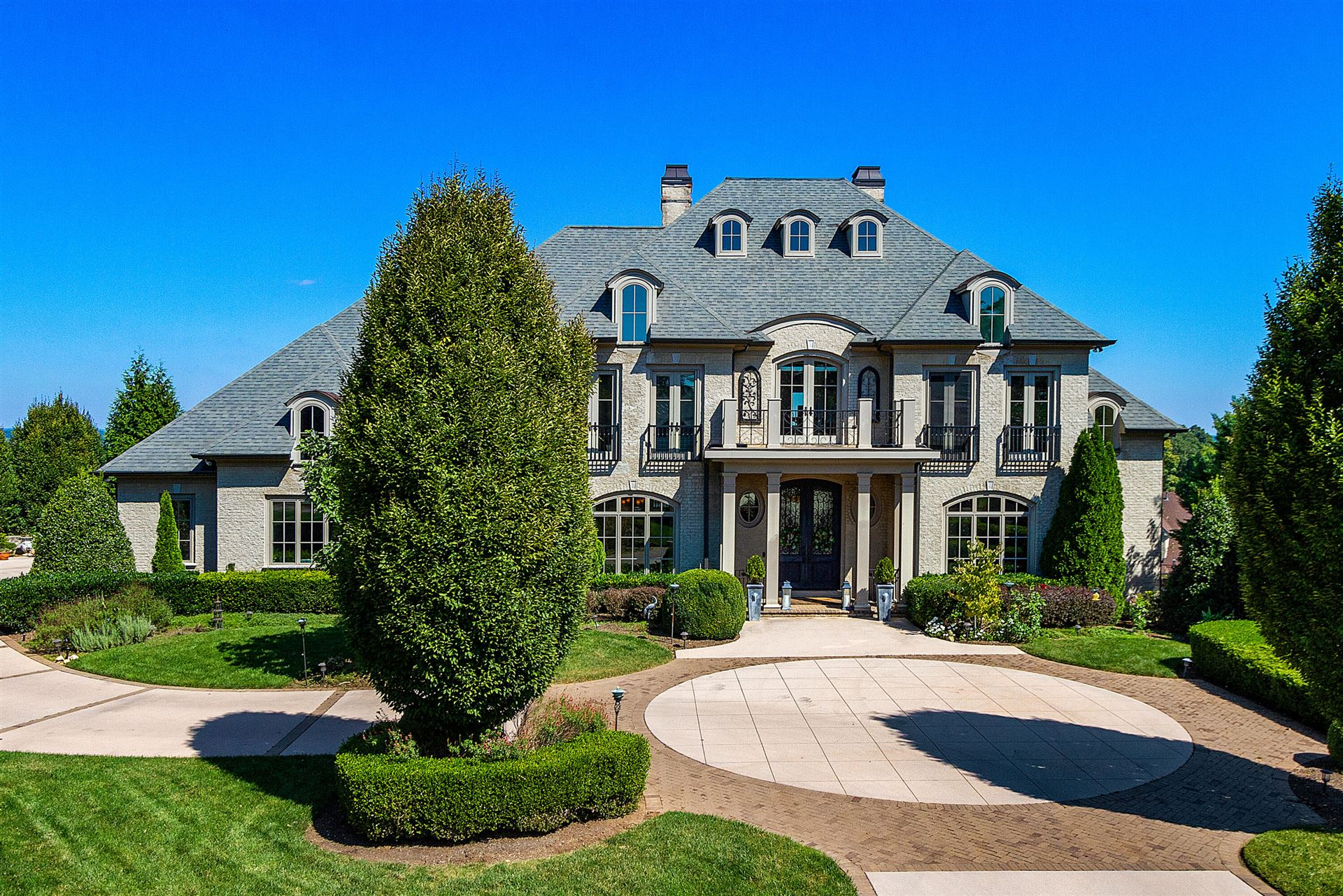 Knoxville                                                                      , TN - $3,375,000