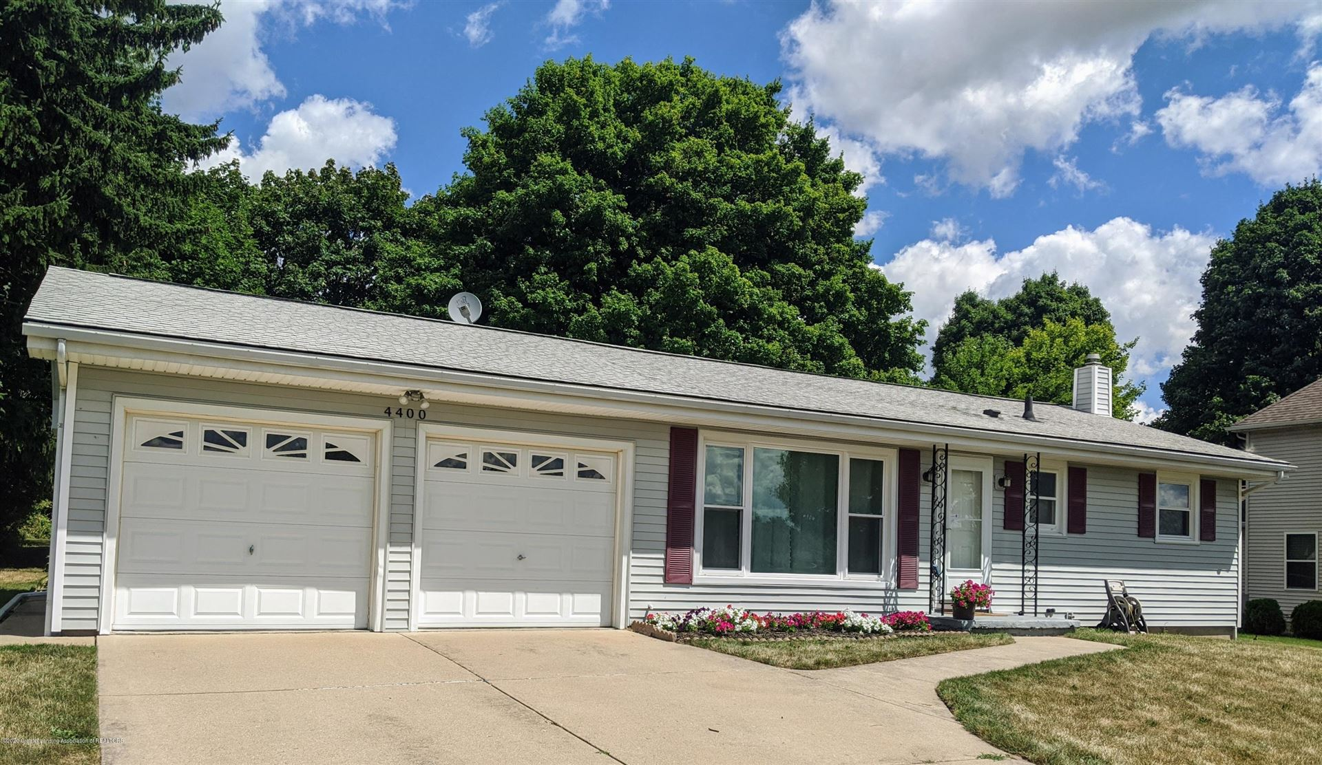 4400 Dell Road Lansing Mi 48911 Mls 248219 Howard Hanna