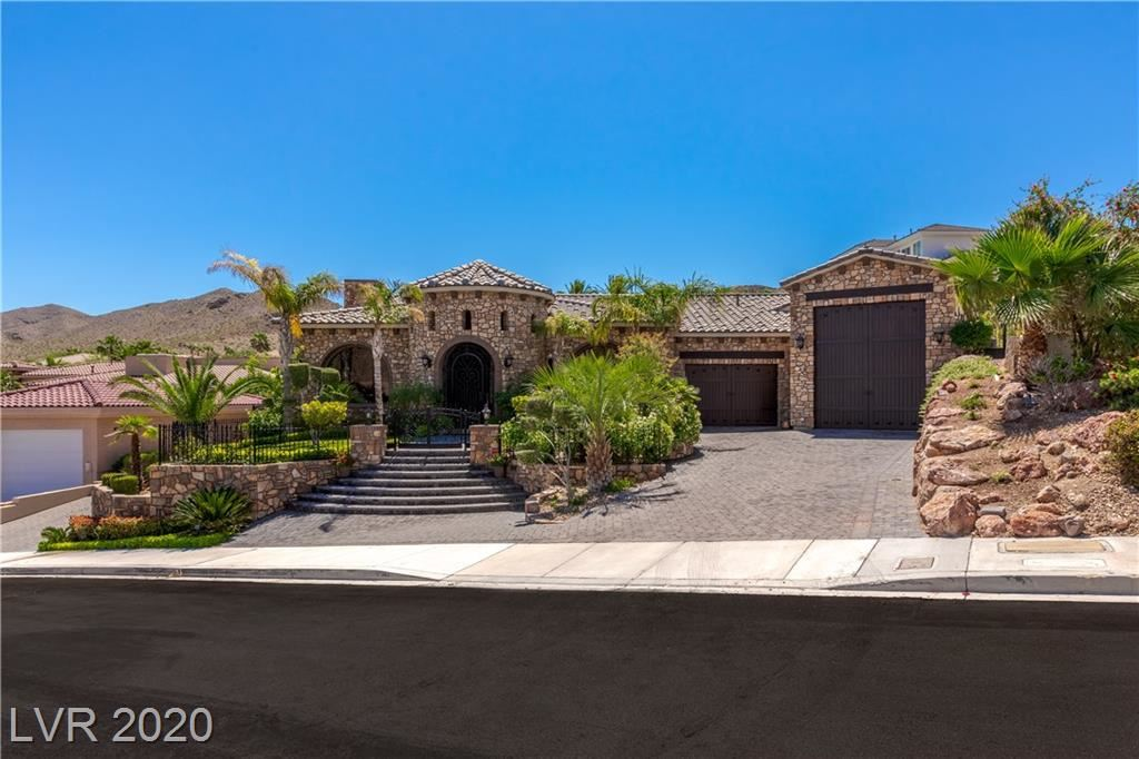 Boulder City                                                                      , NV - $2,900,000
