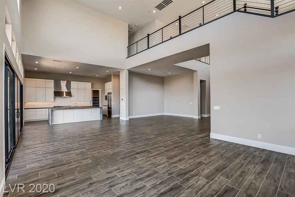 Property Image Of 10661 Patina Hills Court In Las Vegas, Nv