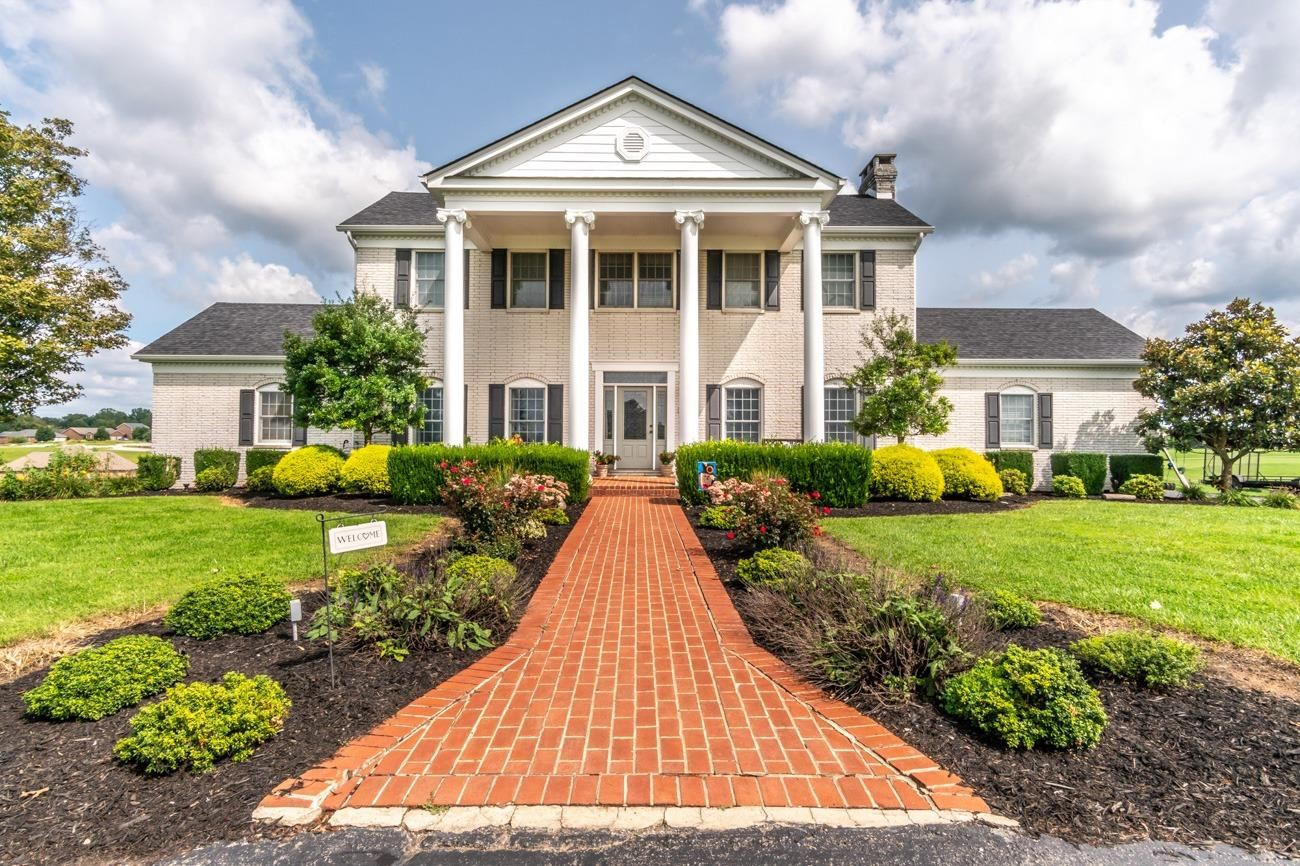 Richmond                                                                      , KY - $589,900