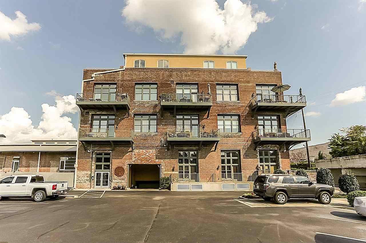 Memphis                                                                      , TN - $335,000
