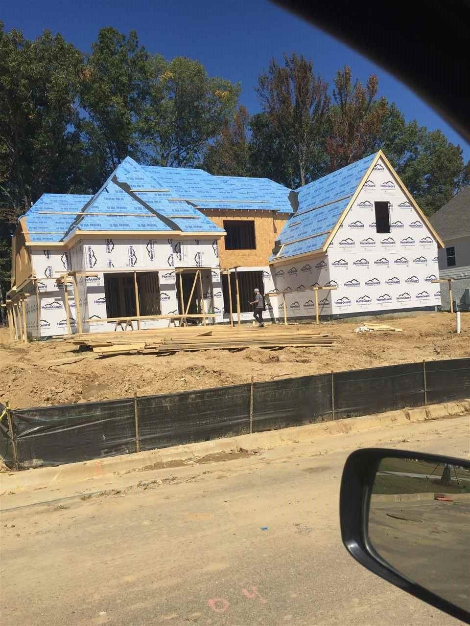 Lakeland                                                                      , TN - $496,800