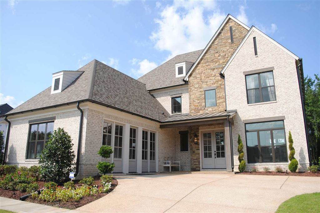 Arlington                                                                      , TN - $434,900