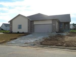 Car Rentals In Kenosha Wi 224 Heritage Dr 7, Fort Atkinson, WI Townhome or Condo Property ...