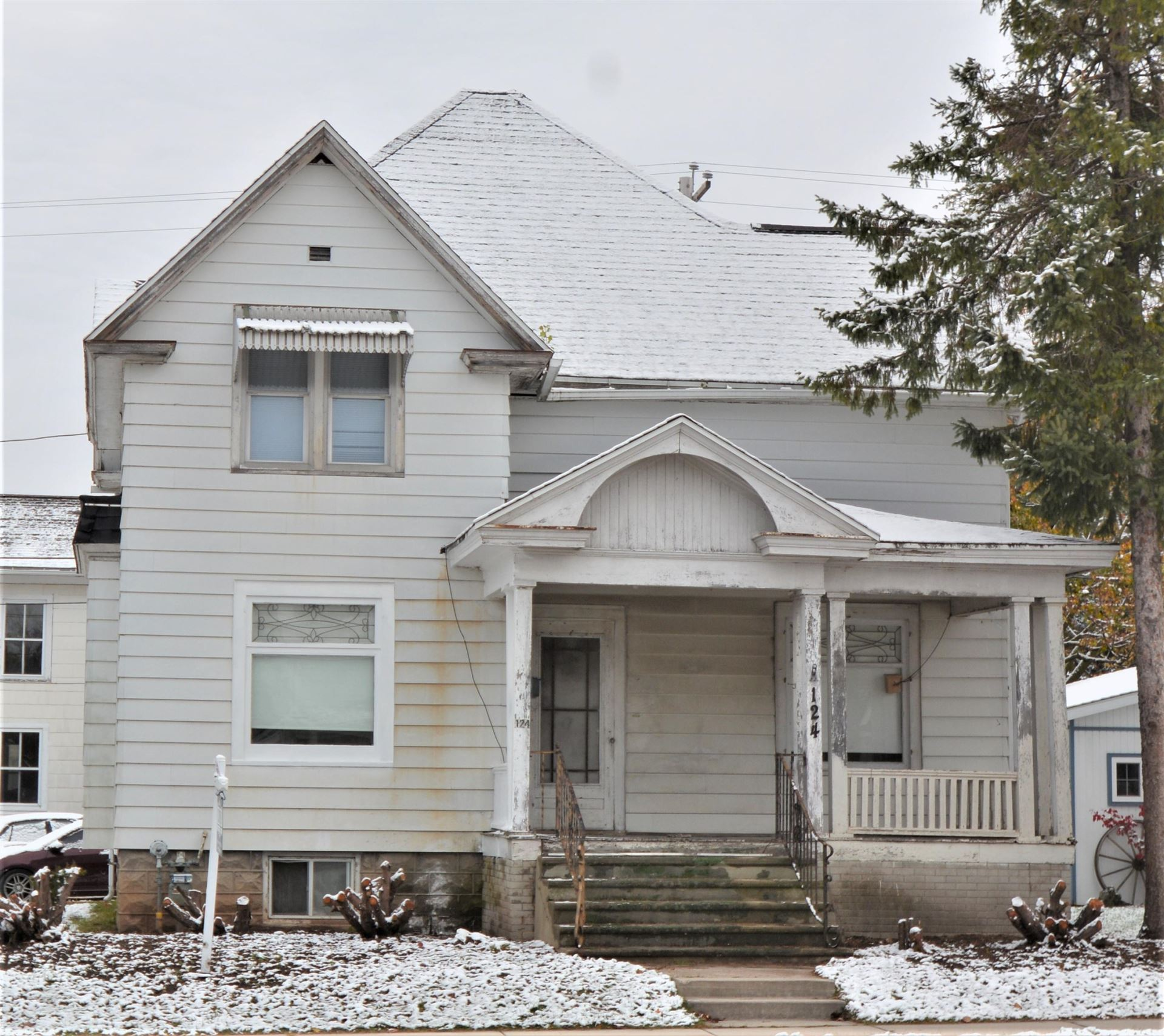 124 N Madison St  Chilton  Wi Single Family Home Property