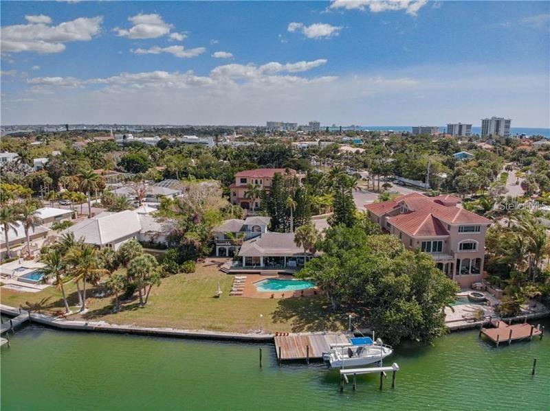 Sarasota                                                                      , FL - $7,000,000