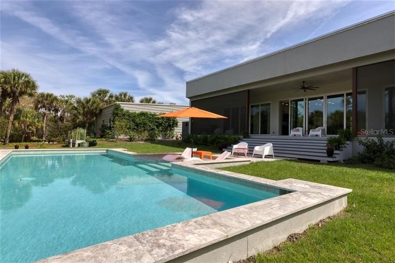 Nokomis                                                                      , FL - $1,700,000