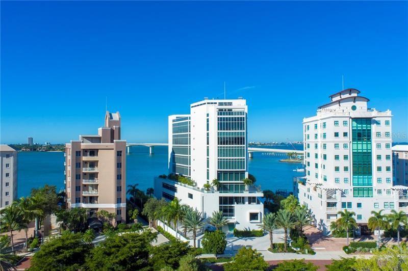 Sarasota                                                                      , FL - $4,980,000
