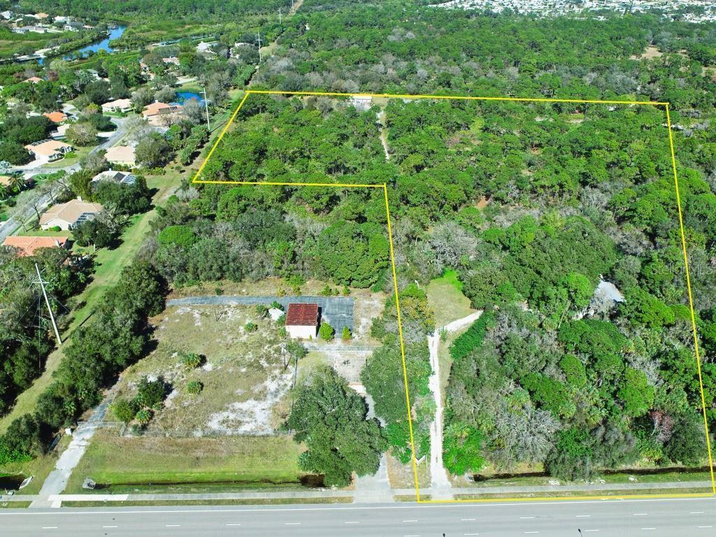 Nokomis                                                                      , FL - $3,200,000