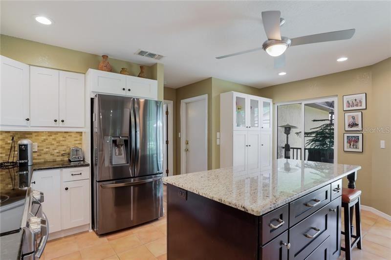 Property Image Of 2913 Heather Bow Sw In Sarasota, Fl