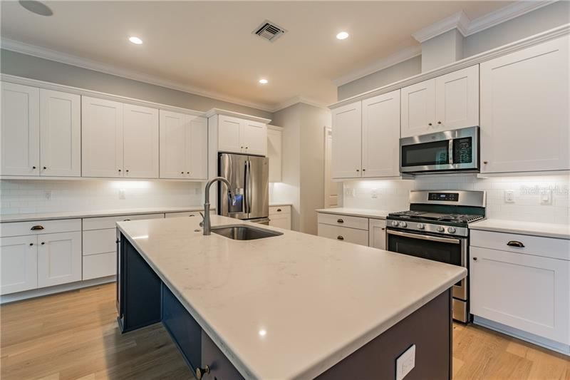 Property Image Of 6227 Interbay Avenue In Tampa, Fl