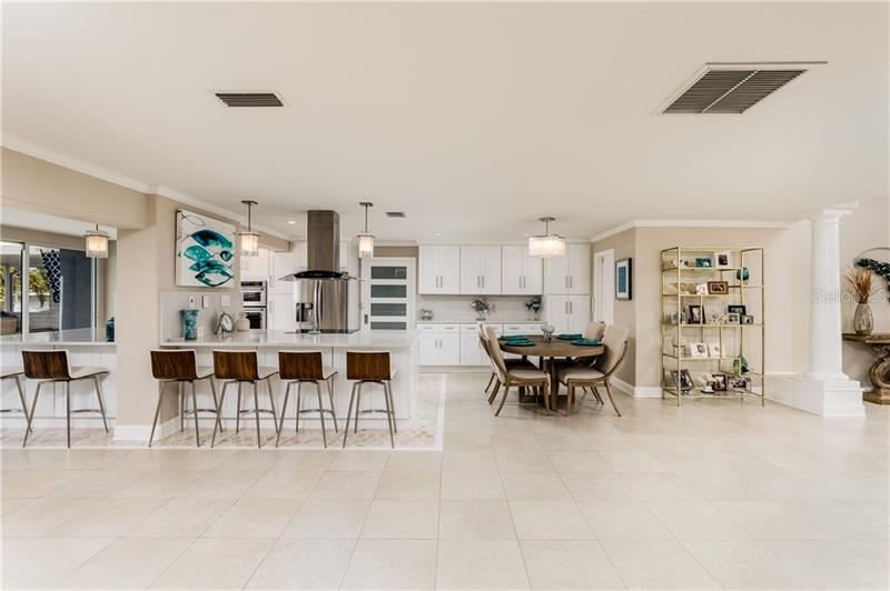 Property Image Of 220 98Th Avenue Ne In St Petersburg, Fl