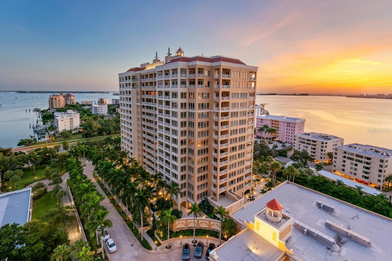 Sarasota                                                                      , FL - $5,950,000
