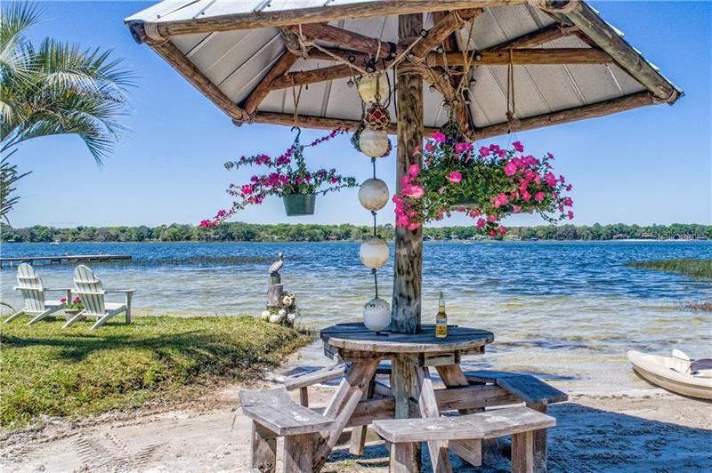 Eustis                                                                      , FL - $765,000